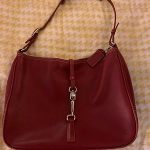 Coach classic red bag with clasp